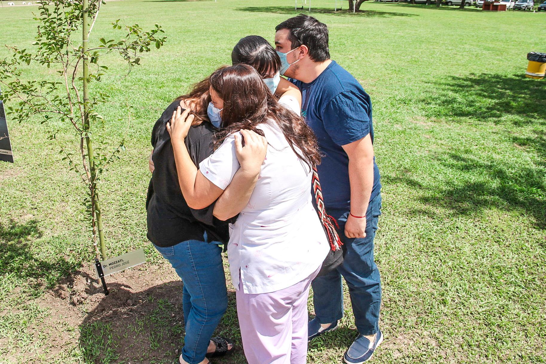 """Lanzamiento del Documental """"Sendero de los Héroes de la Salud"""""""